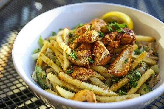 Lebanese Bistro: chicken fattoush
