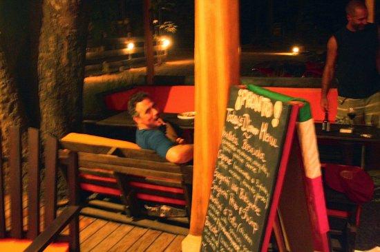 Pronto Italian Street Food: Lounge area
