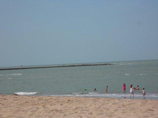 Parnaiba, PI: Praia do Coqueiro.