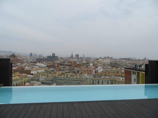 Andante: Rooftop pooll