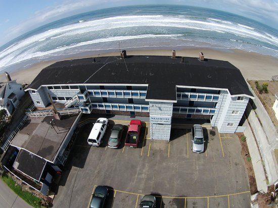 Westshore Oceanfront Motel : View of The Westshore from the air