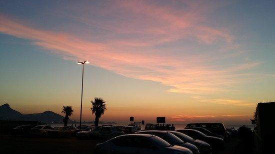Lagoon Beach Hotel & Spa : Mesmerising Sunset