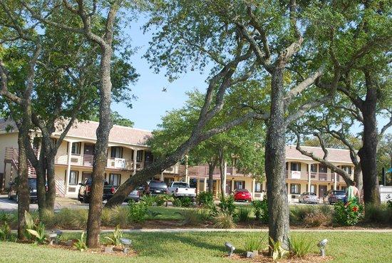 Destin Army Recreation Area RV Park: Hotel suites