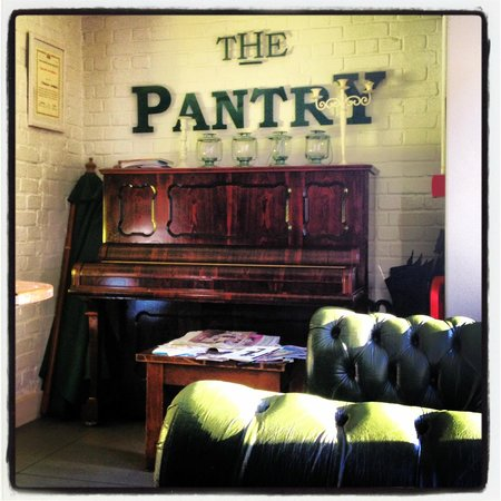 The Higgins Pantry: Cosy atmosphere