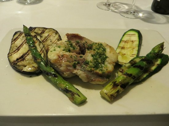 9 Reinas : Monkfish provenzal could have been better