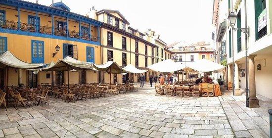 Plaza del Fontan : El corazón de Oviedo