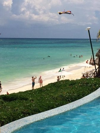 Fairmont Mayakoba: Beach pool with ocean view