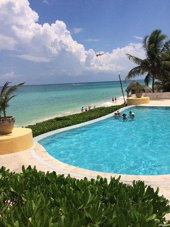 Fairmont Mayakoba: Beach pool