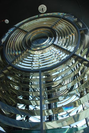 Lizard Lighthouse Heritage Center: The lens
