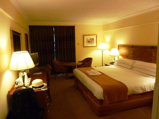 O'Callaghan Eliott Hotel: King Superior