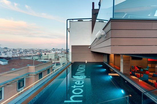 Hotel Indigo Madrid - Gran Via : Piscina