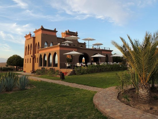 Hotel Sultana Royal Golf: restaurant en bar