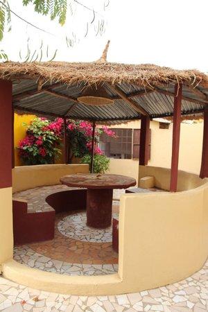 Mango Lodge: Glorieta jardin