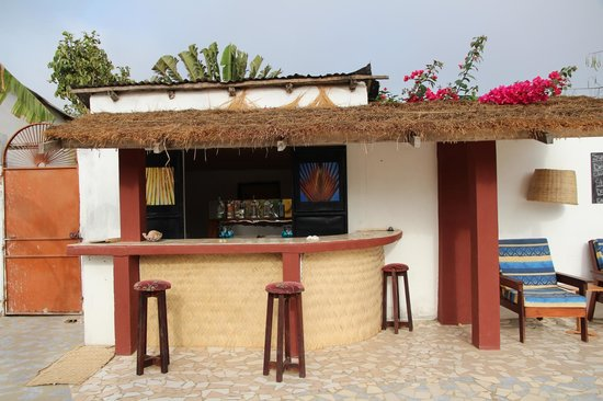 Mango Lodge: Barra piscina