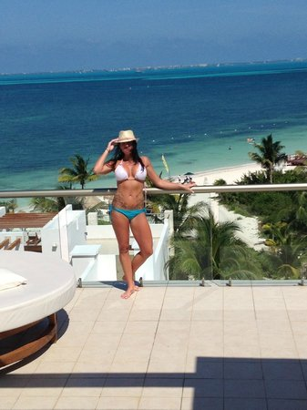 Excellence Playa Mujeres: 2 story rooftop top level rm 8464