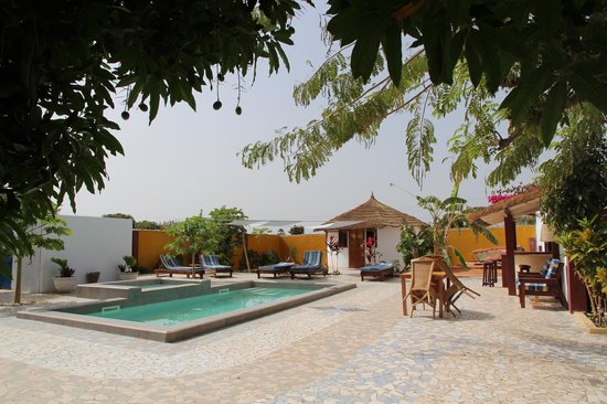 Mango Lodge: piscina