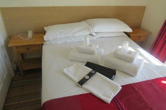 The New Ocean Hotel: Room 1