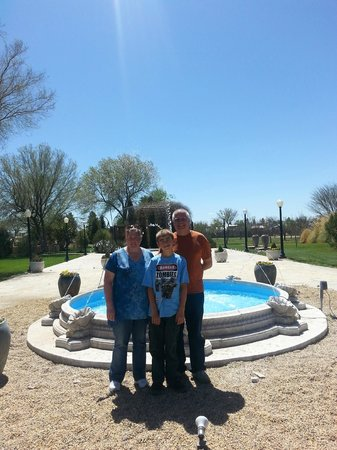 Gage Hotel: Posing in front of fountain
