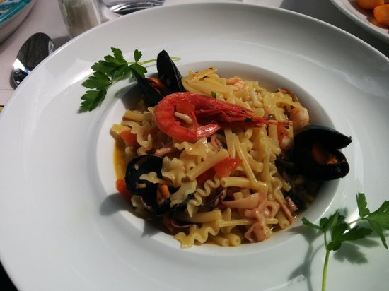 Da Vincenzo: Worst seafood pasta ever