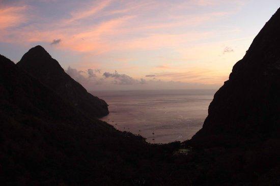 Ladera Resort: Sunset from Room O