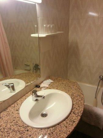 Hotel Jaume I: vétuste, sans parler de l'eau  froide