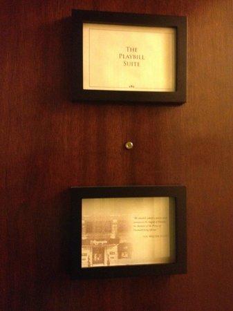 The Algonquin Hotel Times Square, Autograph Collection: Playbill Suite