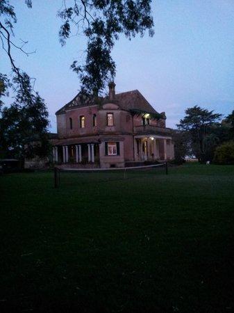 Hinojo, Argentina: La Isolina de noche