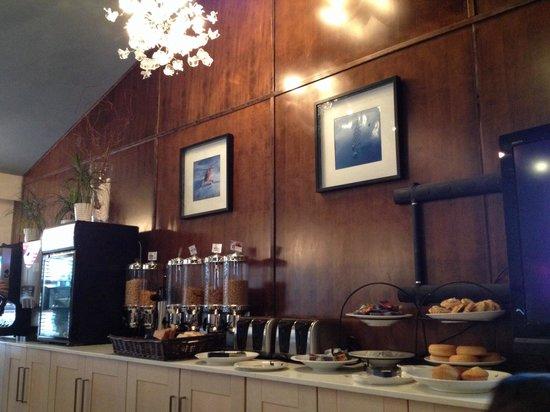 The Listel Hotel Whistler: Breakfast