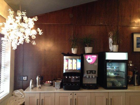 The Listel Hotel Whistler: Breakfast (juice, coffee, yogurt, egg)