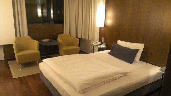 The Penz Hotel: Кровать