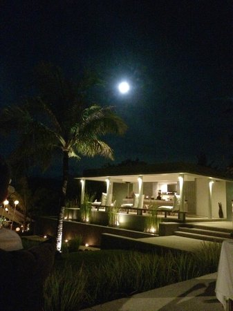 The Lombok Lodge : Moon and bar