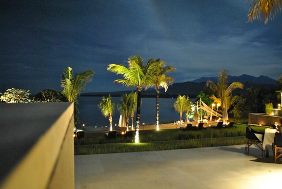 The Lombok Lodge : Lovely view by moonlight