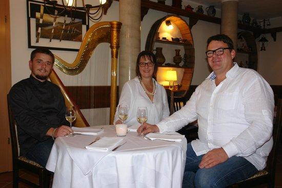 Perabos Gasthof Weingut & Gästehaus Restaurant mit Vinothek: Perabo´s Team