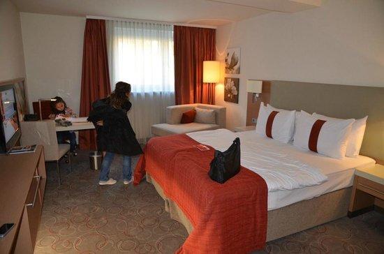 Ramada Hotel & Suite Vienna: La camera da letto