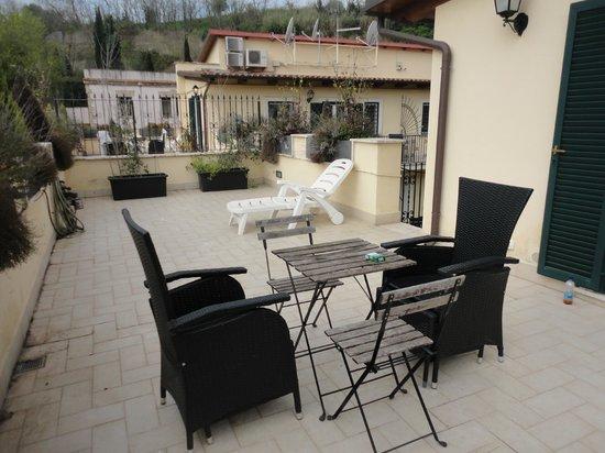 Aurelia Vatican Apartments: Terrasse privée