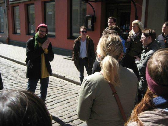 Riga Free Tour: Tour guide explanations