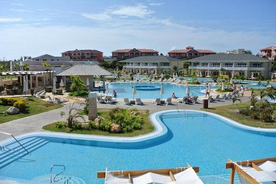 Paradisus Princesa del Mar Resort & Spa: Pool View from Balcony - Royal Service Section