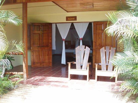 El Remanso Lodge: Bejamar entrance
