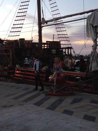 Puerto Vallarta Pirate Tours: Entrada