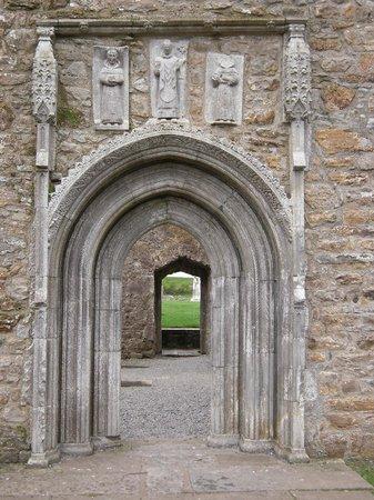 Clonmacnoise: portale