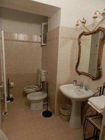 Una Stanza in Famiglia : bagno