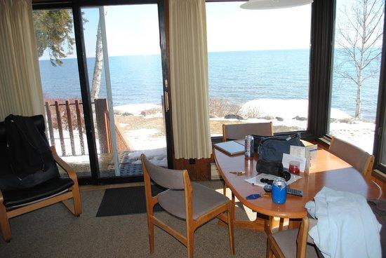 Lutsen Resort on Lake Superior: Dining area view