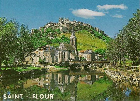 saint flour photo de saint flour cantal tripadvisor. Black Bedroom Furniture Sets. Home Design Ideas