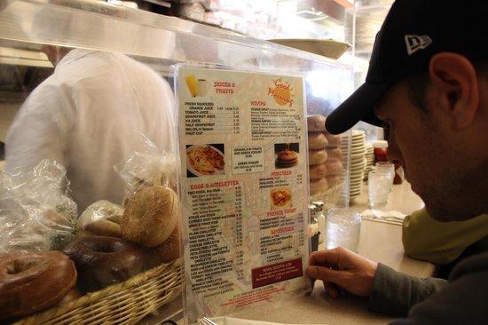 Viand Coffee Shop of 61st St: le menu du petit dej