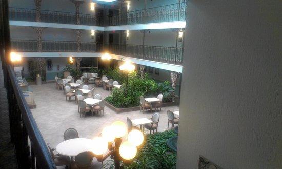 Comfort Inn Midtown: Breakfast area
