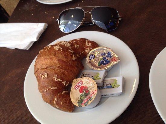 Hotel Monaco: Colazione, molto buono!