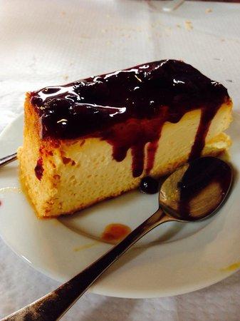 Casa Poli : Tarta de queso. Impresionante