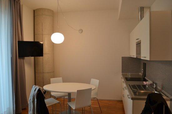 Mantova Residence: kitchen corner