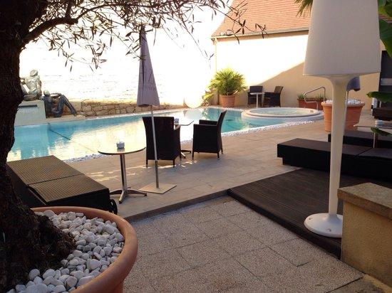 Plaza Madeleine & Spa: Espace piscine