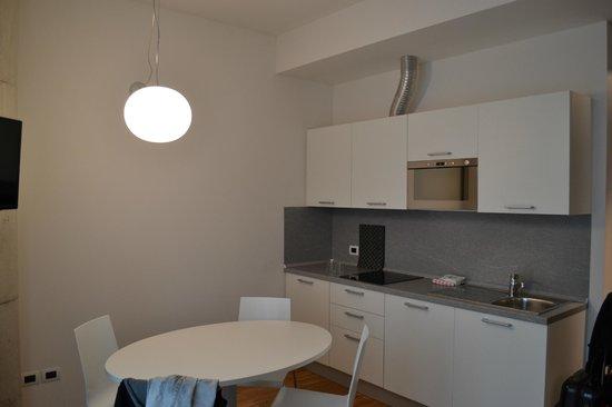 Mantova Residence: kitchen